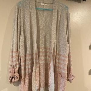 Maurice's cocoon light sweater - pink and gray